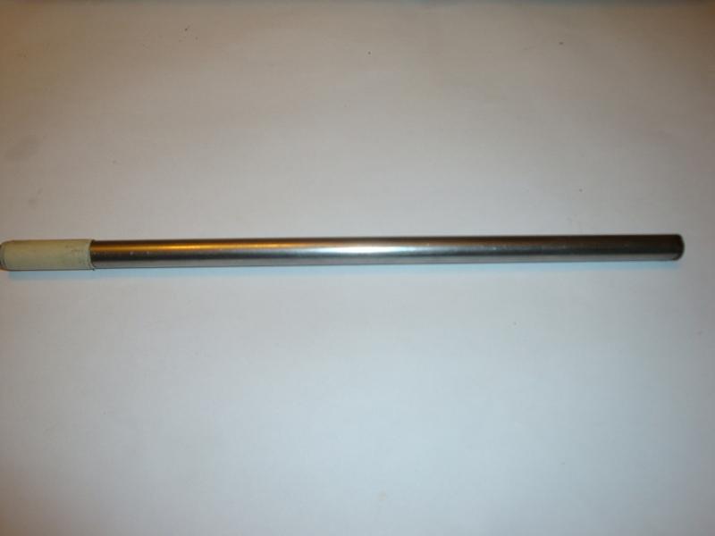 Abgesägter Metallstab